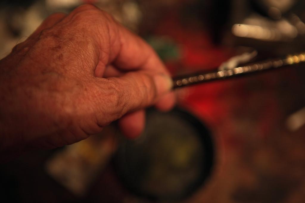 painter hand 2